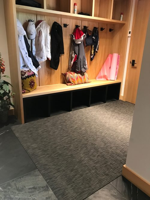 ARYA rugs Entrance5