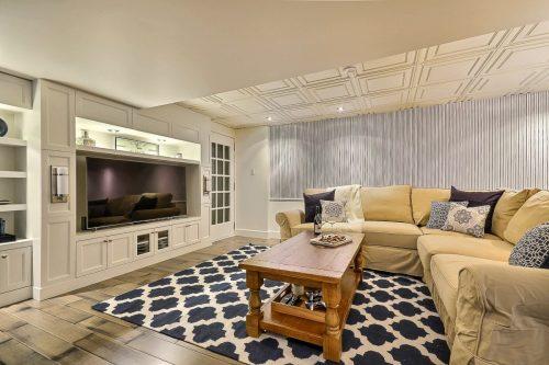 BAROQ ARYA rugs roomscene
