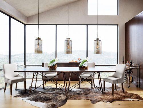 roman-dining-table