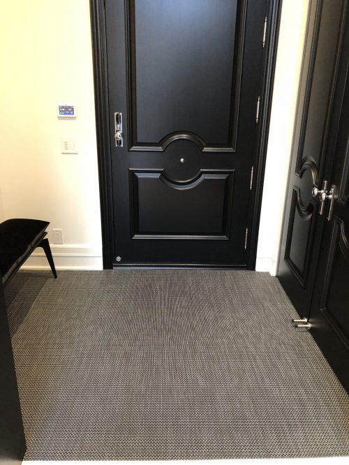 ARYA rugs entrance12